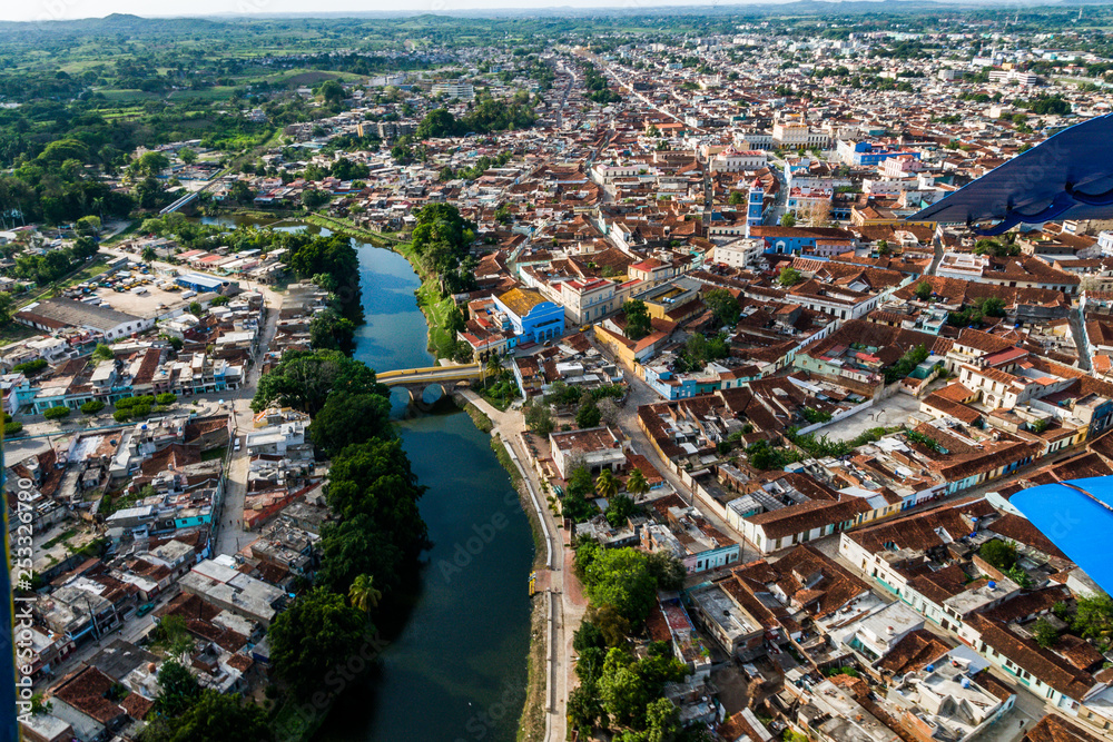 Fototapety, obrazy: Aerial view of Sancti Spiritus city, Cuba