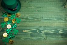St Patricks Day Frame Of Shamr...