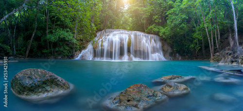 Fotobehang Grijze traf. Panoramic beautiful waterfall in deep forest waterfall at Thailand