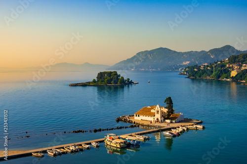 Foto auf Leinwand Rosa dunkel Vlacherna Monastery Kanoni and Mouse islands, Corfu, Greece