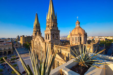 Landmark Guadalajara Central Cathedral (Cathedral Of The Assumption Of Our Lady) In Historic City Center