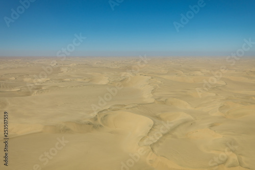 Foto  aerial view, sand dunes,