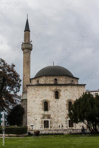 Fotografia  Ali Pasha's Mosque in Sarajevo. Bosnia and Herzegovina