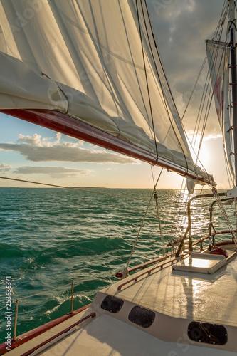 Fotografie, Obraz  Sailing in the Keys Waiting for Sunset