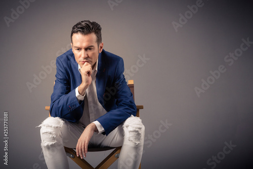 Fotografia  Portrait of worried businessman thinking of something.
