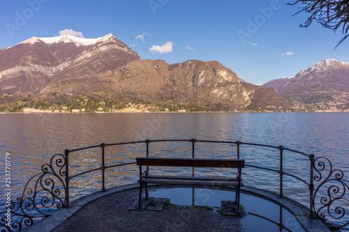 Spoed Foto op Canvas Blauwe hemel Italy, Bellagio, Lake Como, Lake Como, SCENIC VIEW OF LAKE