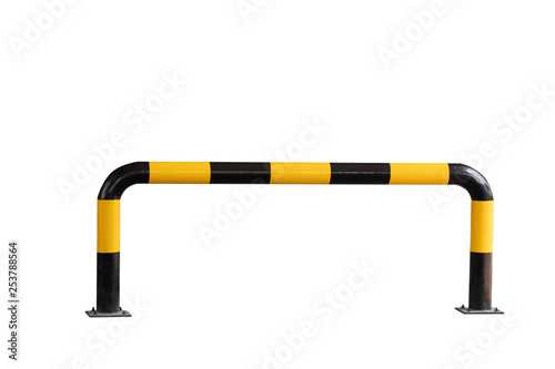 Fotomural  yellow and black striped steel bollards isolate on white background with cliping path