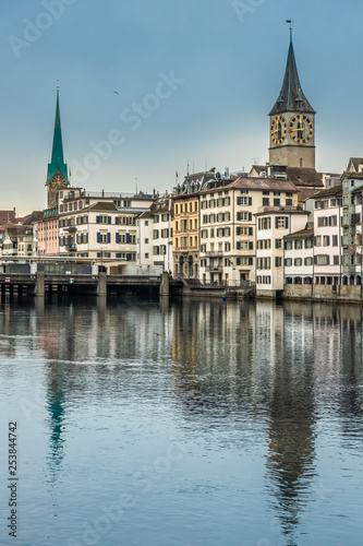 Fotografia, Obraz  Zurich, a leading global city and among the world's largest financial center but a quaint, idyllic village-like atmosphere