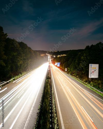 Photo sur Toile Autoroute nuit Highway long exposure