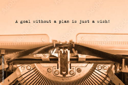 Cuadros en Lienzo A goal without a plan is just a wish! Printed on a sheet of paper on a vintage typewriter