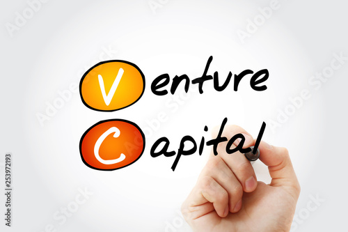 Foto  VC - Venture Capital acronym with marker, business concept background