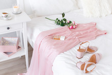 Elegant Long Pink Dress, Heele...