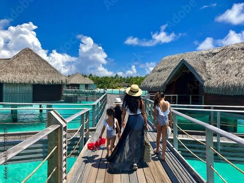Fotografie, Obraz  people on jetty