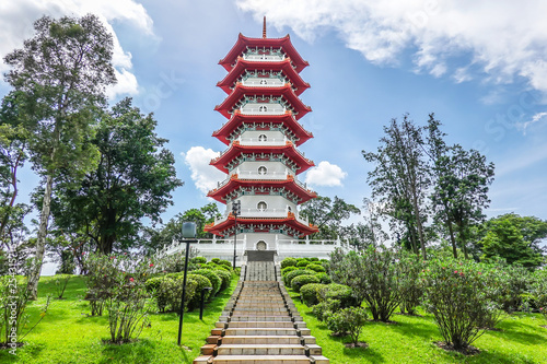Fotografie, Tablou  The Chinese Gardens pagoda is one of the most recognizable icons in Singapore