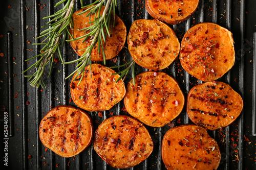 Obraz na płótnie Tasty grilled sweet potato on pan