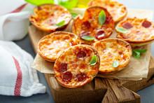 Mini Pepperoni And Cheese Pizz...