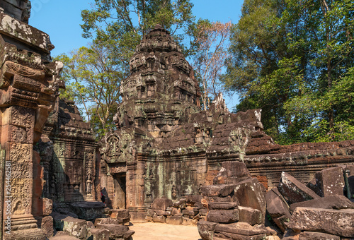 Foto  Palaces and temples of ancient Angkor