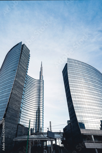 Photo sur Aluminium Milan Skyscraper in Milan