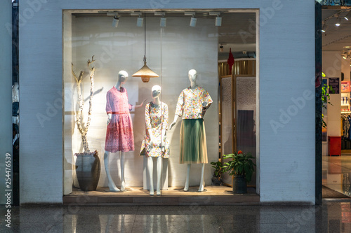 Photo mannequin dressed in clothes