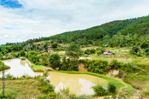 Photo  A village in the mountains of the province of Xiangkhoang, Laos.