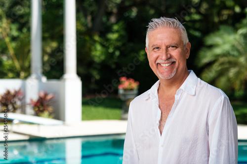 Fotografía  Handsome Middle Age Man