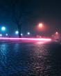 Traffic Lights im Nebel bei Nacht in Berlin