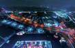 Stadtansicht von Berlin bei Nacht mit Verkehrslichtern