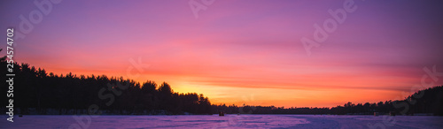 Spoed Foto op Canvas Koraal Winter Sunset