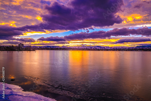 Poster Violet Colorful and Beautiful Sunset Over Sloan's Lake in Denver, Colorado