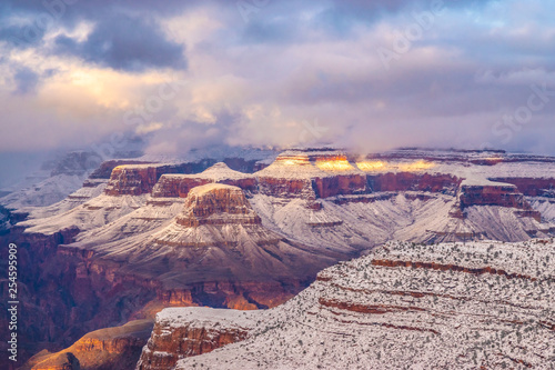 Foto op Canvas Lavendel Beautiful Sunrise to Sunset Hike Through Grand Canyon National Park in Arizona
