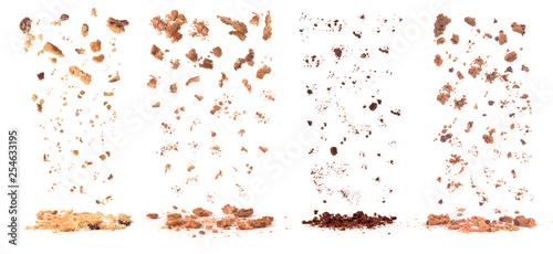 Photo  cookies crumbs set isolated