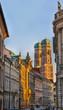 canvas print picture - Türme der Frauenkirche in München bei stimmungsvollem Abendlicht