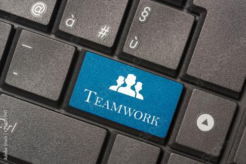 Fotografia  Closeup picture of Teamwork button of keyboard of a modern computer