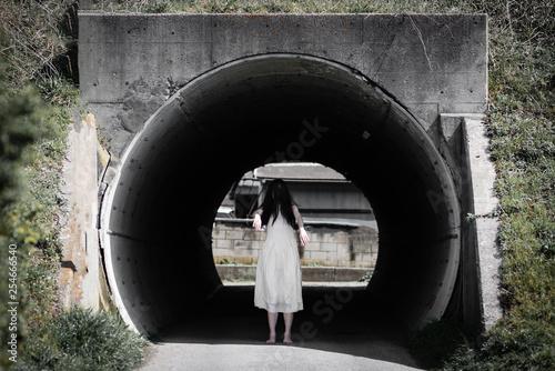 Photo 女性の幽霊