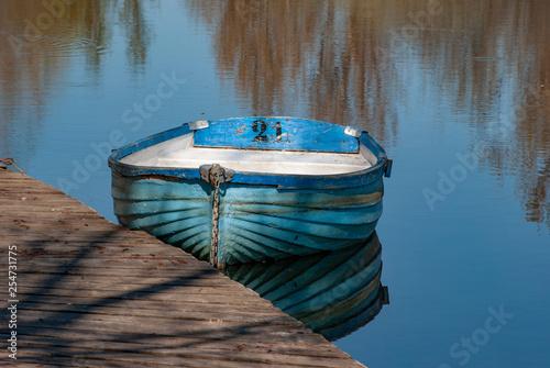 Photo  blue walkboat on the river Tormes, Salamanca