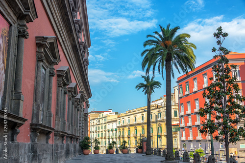 Photo Colorful Architecture in Naples, Italy