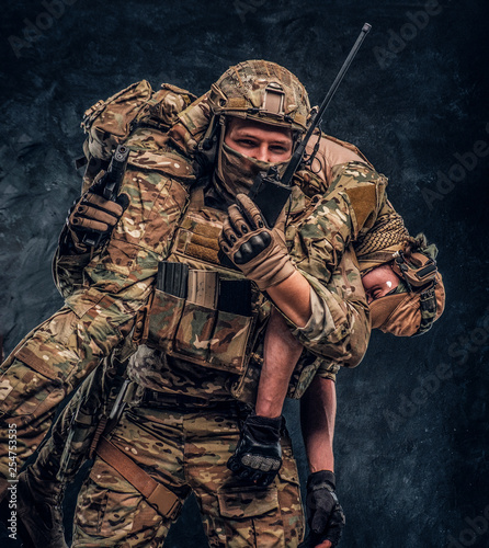 Valokuva  Combat conflict, special mission, retreat
