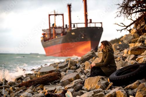 Foto op Canvas Schipbreuk old ship in port