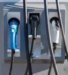 Elektromobilität - Ladestation für ein Elektrofahrzeug mit 3 unterschiedlichen Verbindungssteckern
