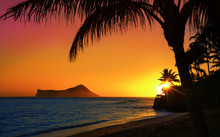 Sunset In Oahu With Ocean And ...