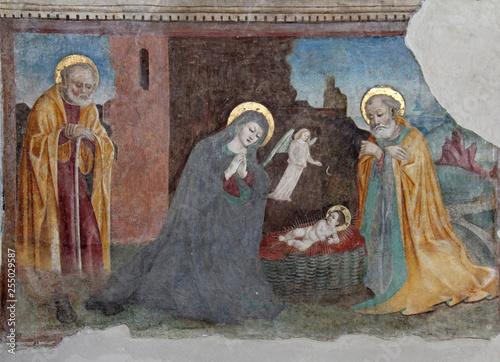 """Fotografie, Obraz  Natività (a sinistra l'Apostolo Pietro); affresco nella chiesa di """"San Cristo"""" a"""