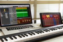 Midiキーボードの作曲イメージ