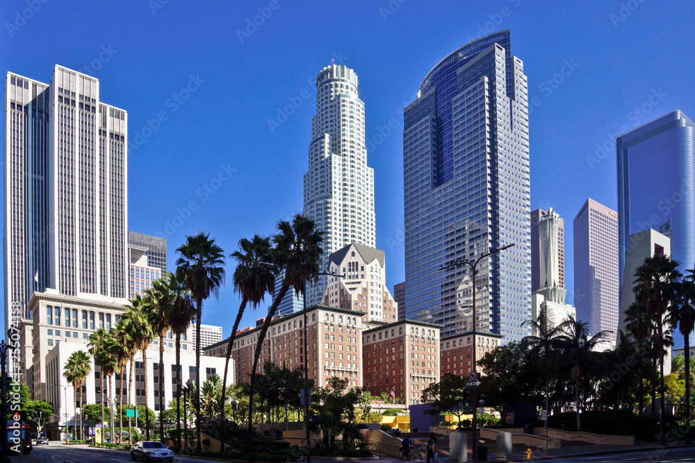 Fototapety, obrazy: LA Downtown skyscraper in sunshine