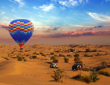 Hot Air Balloons Landing Rally Off-road Car Sand Dunes In The Desert