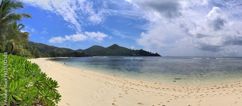 Fotografie, Obraz  Stunning high resolution beach panorama taken on the paradise islands Seychelles