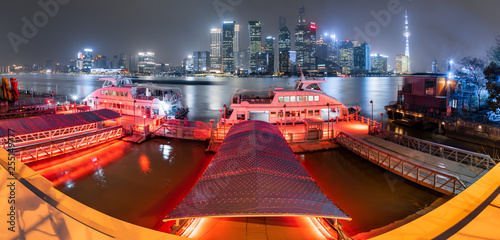Foto auf Leinwand Shanghai Night view of Shanghai North Bund Fair Road Ferry station
