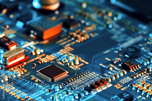 Foto  Electronic circuit board close up.
