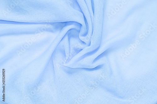 Fotografía  delicate soft and wrinkled fabric blue color background texture