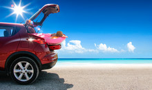 Summer Car On Beach And Sea La...