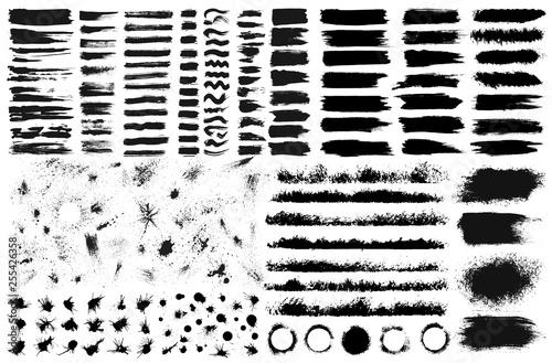 Fotografia, Obraz Large set of hand drawn grunge elements isolated on white background